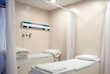 Sala de recuperación al medio de Ginetec en Barcelona